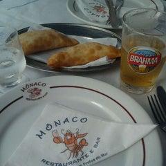 Photo taken at Princípe de Mônaco Bar e Restaurante by Elton M. on 10/28/2011