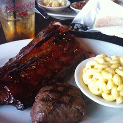 Photo taken at Bull & Bones Brewhaus & Grill by Randall G. on 7/11/2013