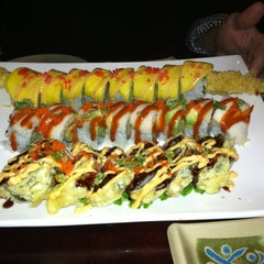 Photo taken at Oyama Japanese Steakhouse by Rachel Z. on 12/25/2012