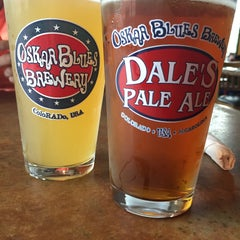 Photo taken at Oskar Blues Grill & Brew by Liz H. on 8/17/2015