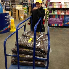 Photo taken at Lowe's Home Improvement by Christopher T. on 4/15/2013
