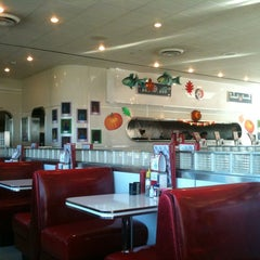 Photo taken at Ruby's Diner by Klaus H. on 11/12/2012