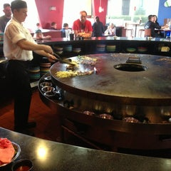 Photo taken at FiRE + iCE Grill + Bar by Larry R. on 5/28/2013