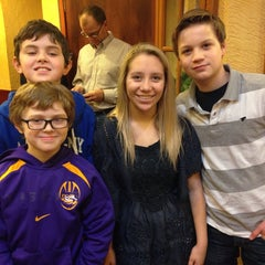 Photo taken at Olive Garden by Jean W. on 12/22/2013