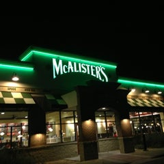 Photo taken at McAlister's Deli by Frozen T. on 11/1/2012