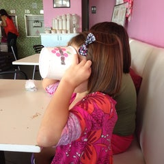 Photo taken at LOVE Frozen Yogurt Bar by Amanda S. on 9/15/2013