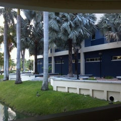 Photo taken at FIU - Management & Advanced Research Center (MARC) by E.D. C. on 2/24/2013