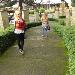 Photo taken at Museum Lambung Mangkurat Banjarbaru by Hardianti H. on 1/12/2015
