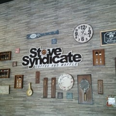 Photo taken at Stove Syndicate (Coffee & Waffle) by Bezaliel H. on 6/23/2015