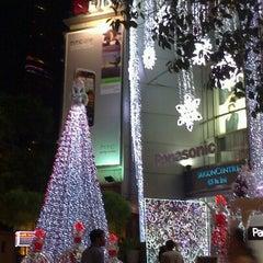 Photo taken at Saigon Centre by Ánh Nhi S. on 11/24/2012