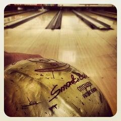 Photo taken at Tenpin Bowling by Franki O. on 10/17/2012