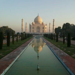 Photo taken at Taj Mahal | ताज महल | تاج محل by Jeremy J. on 10/6/2012
