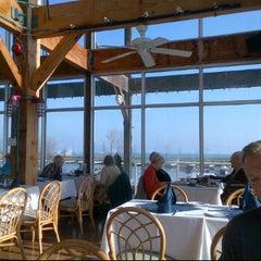 Photo taken at Bluffer's Restaurant by Davi A. on 11/21/2012
