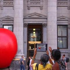 Photo taken at BMO Banque de Montréal by Frédéric R. on 9/6/2014