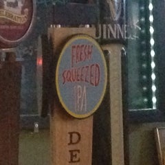 Photo taken at O'Malley's Sports Pub by Michael L. on 10/27/2014