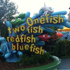 Photo taken at One Fish, Two Fish, Red Fish, Blue Fish by Ann S. on 5/22/2013