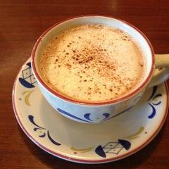 Photo taken at Mimi's Cafe by Edward G. on 12/21/2012