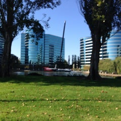 Photo taken at Oracle Plaza by Leif E. P. on 8/29/2014