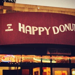 Photo taken at Happy Donuts by Ryan T. on 6/8/2013