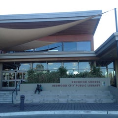 Photo taken at Redwood Shores Branch Library by Alex K. on 11/30/2013