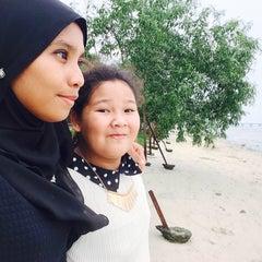Photo taken at Bahtera Santai Ikan Bakar by Amni B. on 8/30/2015
