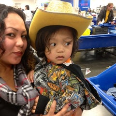 Photo taken at Goodwill Outlet by Madeth B. on 12/1/2012