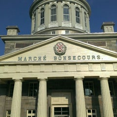 Photo taken at Marché Bonsecours by Jack H. on 7/23/2013