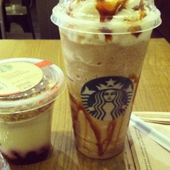Photo taken at Starbucks by Jenn R. on 3/29/2013