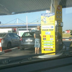 Photo taken at Gasolinera Carrefour Planet by Raul M. on 6/29/2013