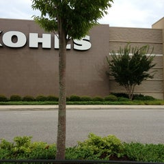Photo taken at Kohl's by Michelle L. on 7/20/2013