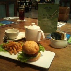 Photo taken at Gourmet Kemang by arief s. on 9/30/2013