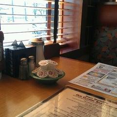 Photo taken at Bridgewater Diner by 💖 Nikki M. on 4/25/2013