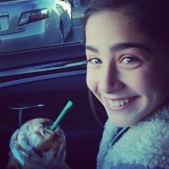 Photo taken at Starbucks by Lawrence B. on 12/29/2013