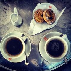 Photo taken at La Bottega del Caffé by Roldano D. on 10/20/2012