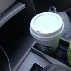 Photo taken at Starbucks by Miriam G. on 10/30/2012