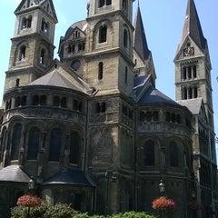 Снимок сделан в Munsterkerk пользователем Wilfried S. 7/23/2014