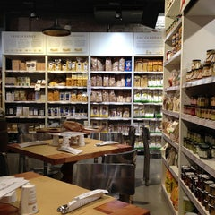 Photo taken at Eataly by Aprendiz d. on 7/7/2013