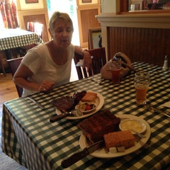 Photo taken at Barnstormer BBQ by Carl A. on 6/8/2014