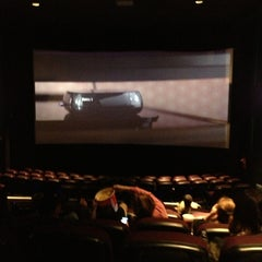 Photo taken at Regal Cinemas Valley Mall 16 by Fred Charles H. on 11/24/2013