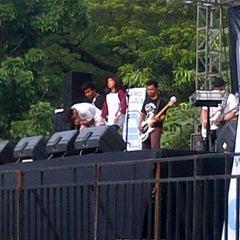 Photo taken at Parkir Timur Senayan by أنديري إ. on 12/9/2012