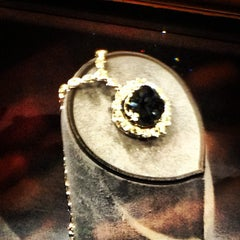 Photo taken at Hope Diamond Exhibit by Mariana P. on 3/30/2013