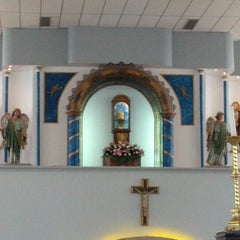 Photo taken at Santuário Basílica do Divino Pai Eterno by Eder F. on 11/11/2012