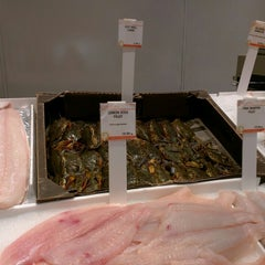 Photo taken at Citarella Gourmet Market - Upper East Side by V on 5/19/2015