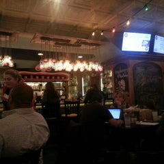 Photo taken at Mellow Mushroom by Vincent S. on 11/27/2014