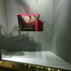 Photo taken at Louis Vuitton by Bata M. on 4/16/2013