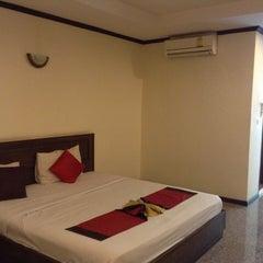 Photo taken at Royal Panerai Hotel by Piya เจี๊ยบ เมืองชล on 5/6/2014