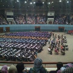 Photo taken at Jakarta Convention Center (JCC) by Nafi I. on 5/28/2013