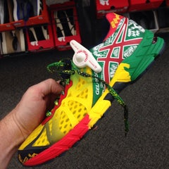 Photo taken at DSW Designer Shoe Warehouse by Michael G. on 10/26/2014