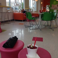 Photo taken at Yogotogo Frozen Yogurt by Anya H. on 5/12/2014