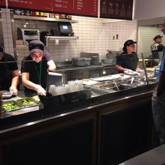 Photo taken at Chipotle Mexican Grill by Sabrina K. on 8/5/2014